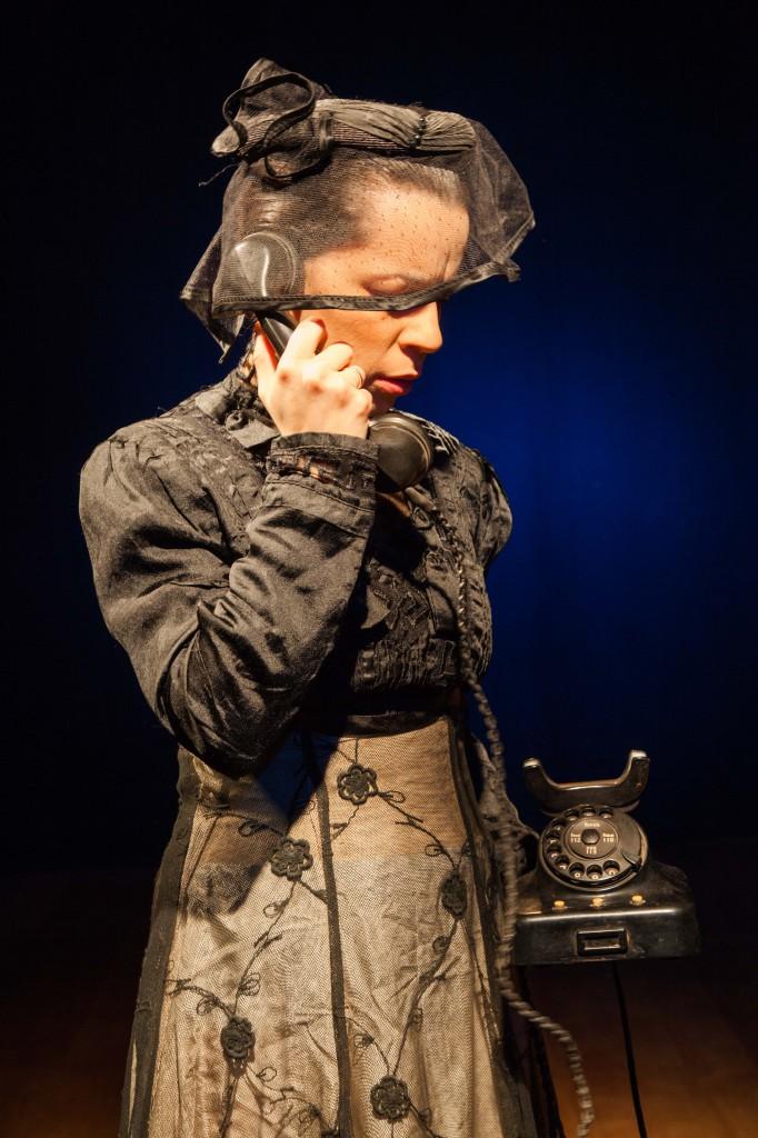 Der konische Spiegel - Fénix Teatro2
